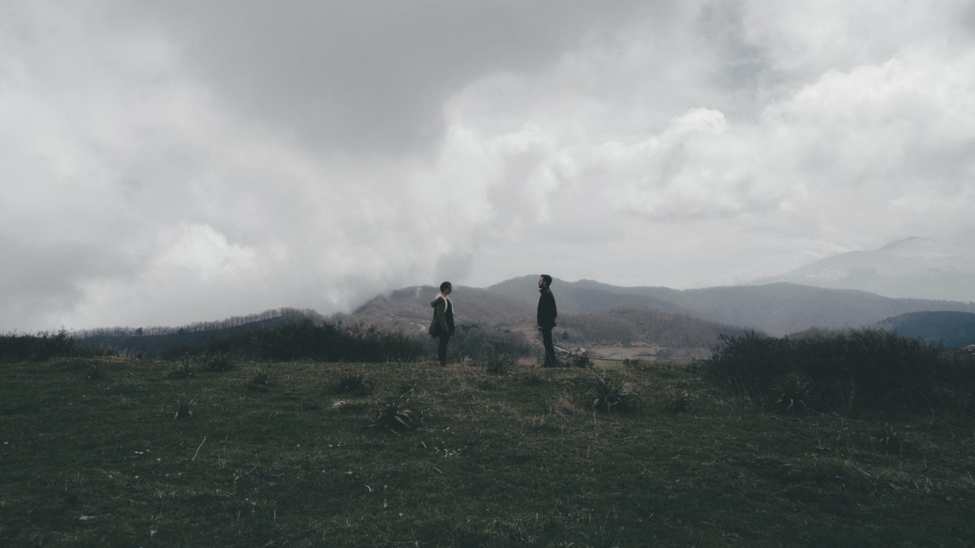 VeiveCura – Too Late (Emanuele Torre, Michela D'Amico)